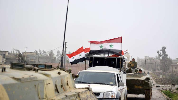 أ ف ب: الجيش السوري يلقي منشورات فوق درعا تحذر من عملية عسكرية