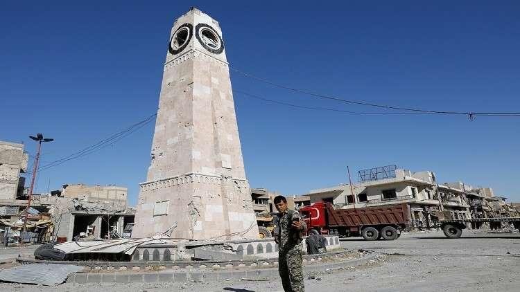 العثور على 900 جثة ضمن مقابر جماعية في الرقة