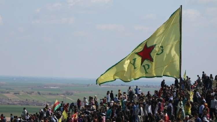أكراد القامشلي يحتجون على التدخل التركي في سوريا