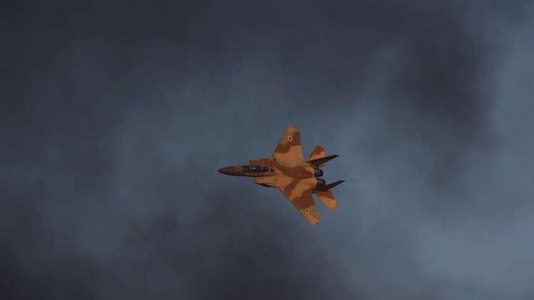 الطائرات الإسرائيلية تقصف غزة