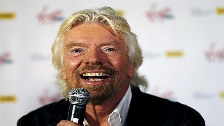 ملياردير بريطاني قد يصبح سائح فضاء!