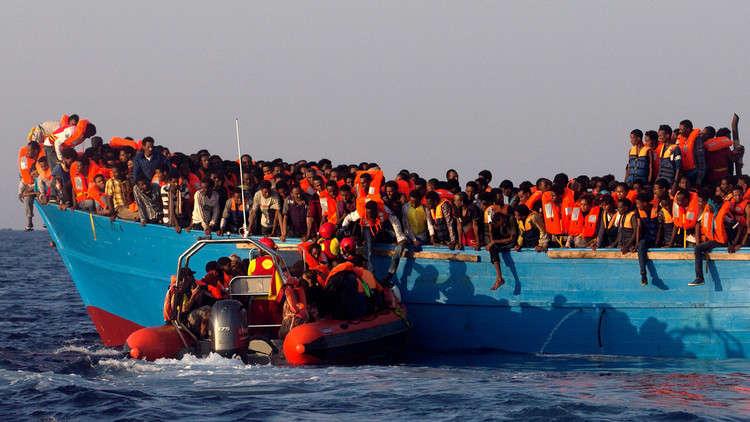إنقاذ 408 مهاجرين في البحر المتوسط