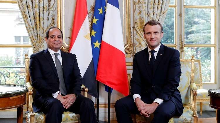 السيسي وماكرون يبحثان هاتفيا الأوضاع في ليبيا وسوريا