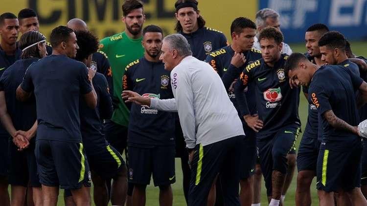 الاتحاد البرازيلي يغري لاعبيه بمكافآت ضخمة للتتويج بكأس العالم