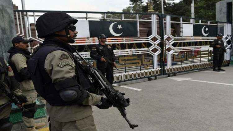 باكستان.. منع رئيس الاستخبارات الأسبق من السفر