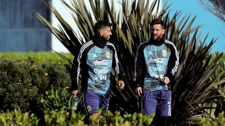 ميسي يصدم الجماهير الأرجنتينية بتصريحاته