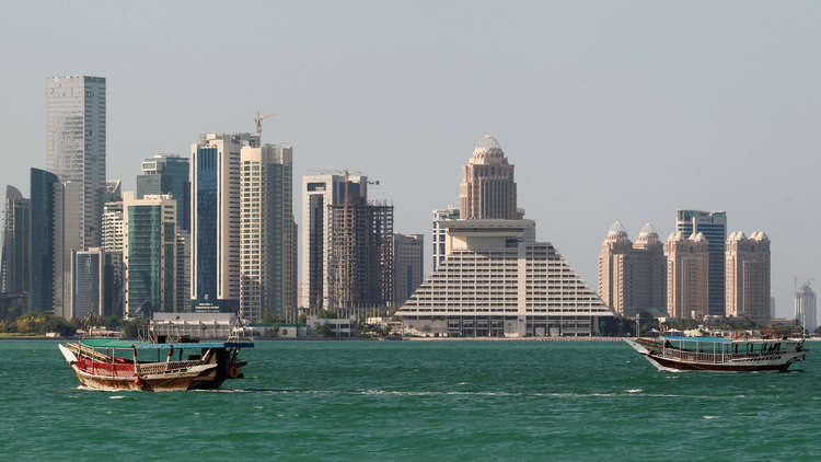 قطر تبدأ باتخاذ إجراءات لمنح الإقامة الدائمة للأجانب