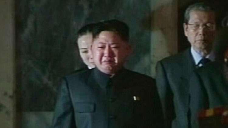 نشطاء يتداولون فيديو للزعيم الكوري الشمالي وهو يبكي