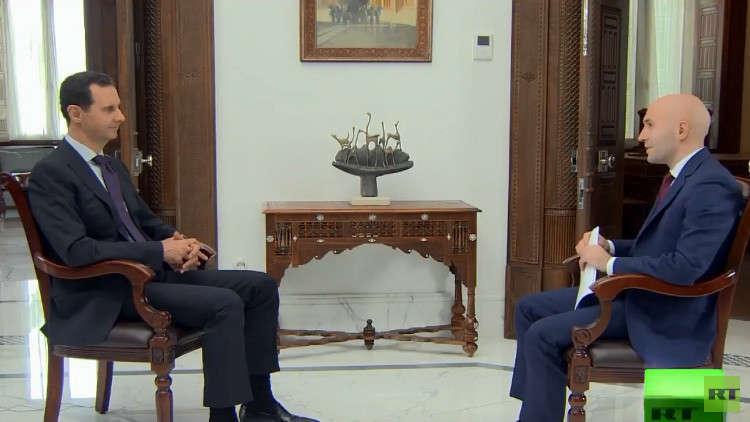 الأسد يجيب صحفيا روسيا قاتل أحد أقربائه الجيش السوري لاعتقاده أن السنة مستهدفون