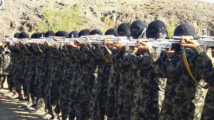 الجيش الأفغاني يحرر أكثر من 100 رهينة من أسر طالبان