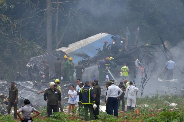مصرع أكثر من 100 شخص في تحطم طائرة