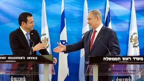رئيس الوزراء الإسرائيلي بنيامين نتنياهو ورئيس غواتيمالا جيمي موراليس