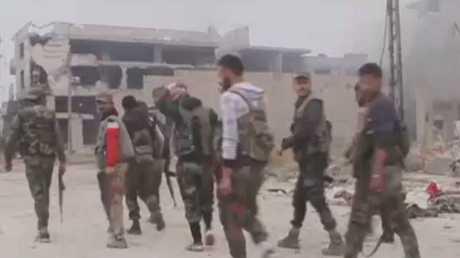 الجيش السوري ينتشر بأحياء بمخيم اليرموك