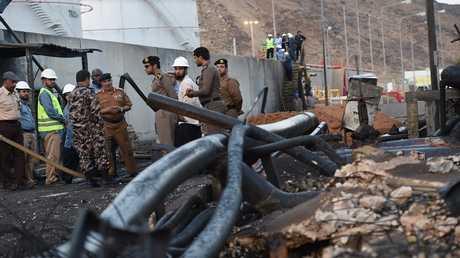 عسكريون سعوديون في نجران بعد استهدافها بصاروخ من قبل الحوثيين (صورة من الأرشيف)