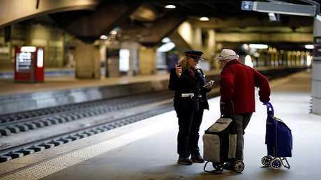 فرنسا.. اضرابات جديدة في السكك الحديد والخطوط الجوية