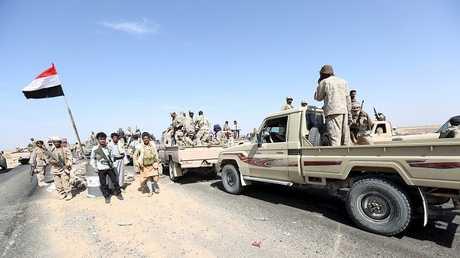 عناصر من القوات المساندة للرئيس اليمني عبد ربه منصور هادي