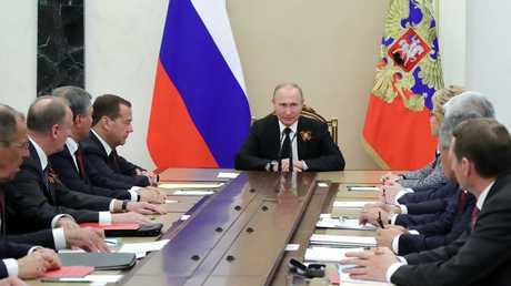 بوتين يبحث الضربات الإسرائيلية على سوريا مع مجلس الأمن الروسي