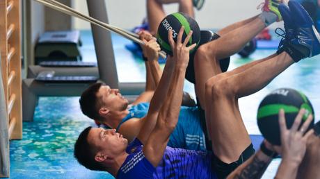 ما سبب الألم الذي نشعر به بعد يوم من ممارسة التمارين الرياضية؟