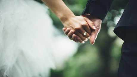الزواج في منتصف الثلاثينات يؤدي للطلاق لا محالة!