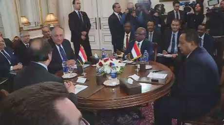 جدل بين القاهرة و الخرطوم حول حلايب