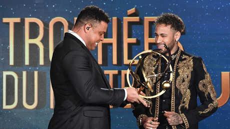 نيمار يحرز جائزة أفضل لاعب في الدوري الفرنسي