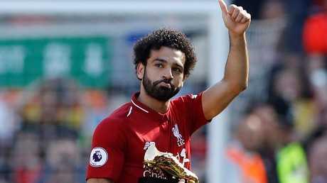 """""""مكة"""" تتسبب في إطلاق جماهير ليفربول صافرات استهجان ضد صلاح! (فيديو)"""