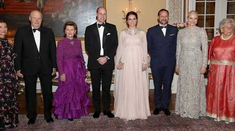 دوق ودوقة كامبريدج مع ملك النرويج وعقيلته في القصر الملكي بأوسلو