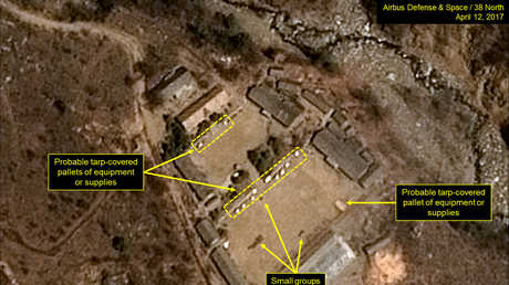 صورة موزعة تم الحصول عليها بتاريخ 13 نيسان/ابريل 2017 من المركز الوطني الفرنسي لدراسات الفضاء وايرباص للدفاع والفضاء ومجموعة 38 نورث تظهر صورة التقطت بتاريخ 12 نيسان/ابريل 2017 لموقع بونغيي-ري الكوري الشمالي للاختبارات النووية