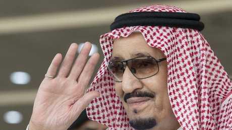 الملك سلمان يأمر بإعادة إعمار اليمن بدءا من سقطرى