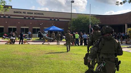 تعزيزات أمنية في محيط مدرسة سانتا في الثانوية