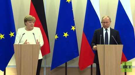 بوتين وميركل يبحثان الاتفاق الإيراني