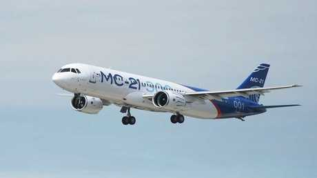 """طائرة ركاب روسية من طراز """"MC-21"""""""