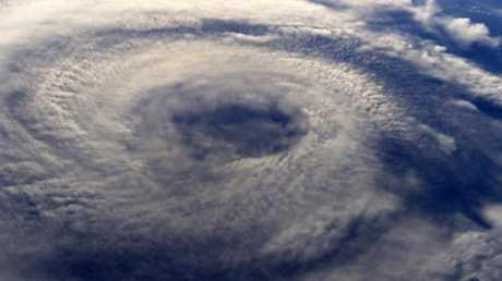 """العلماء يكشفون غموض حالات الطقس """"المميتة""""!"""