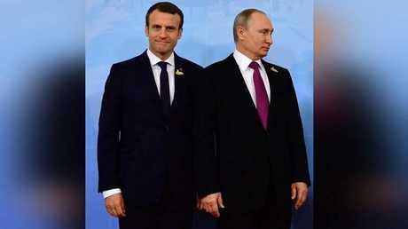 الرئيس الروسي فلاديمير بوتين، ونظيره الفرنسي إيمانويل ماكرون