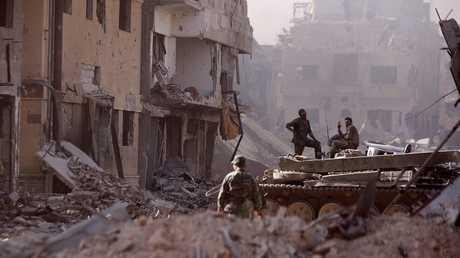 جنود تابعون للجيش العربي السوري
