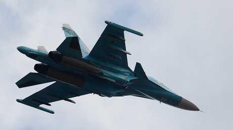ظهور المقاتلة الروسية متعددة المهام  Su-34 في سماء لبنان