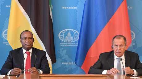 لقاء وزيري الخارجية الروسي والموزمبيقي