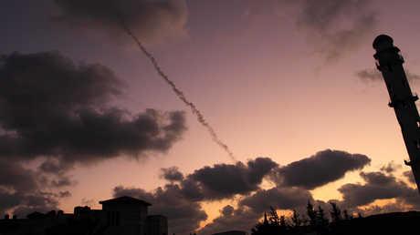 إطلاق قذيفة باتجاه إسرائيل من قطاع غزة - صورة أرشيفية