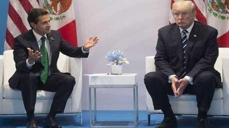 رئيسا الولايات المتحدة والمكسيك خلال لقائهما على هامش قمة العشرين في هامبورغ - 7 يوليو 2017