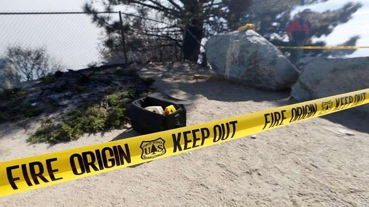 بالصور.. حريق هائل في نيومكسيكو الأمريكية يجبر سكان قرية نائية على إخلائها