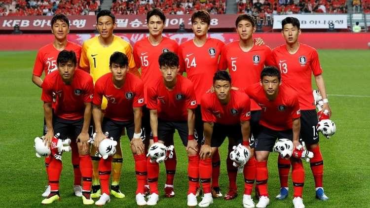 قائمة كوريا الجنوبية النهائية لكأس العالم 2018