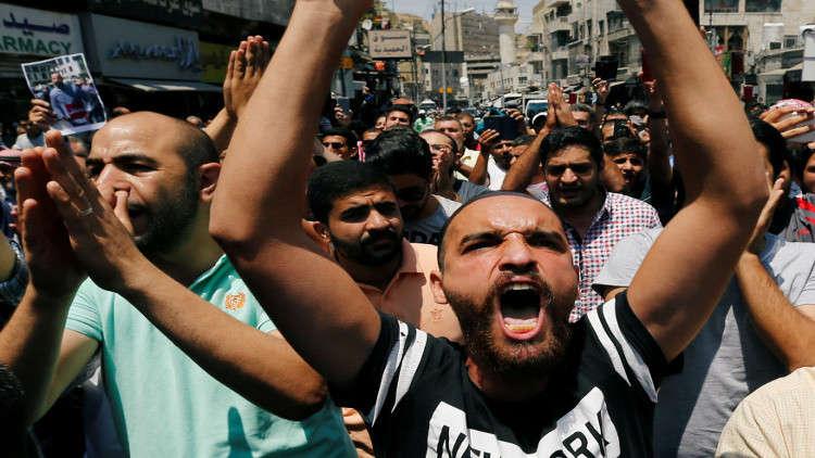 صندوق النقد الدولي ومطالبه التقشفية يؤجج غضب الشارع الأردني