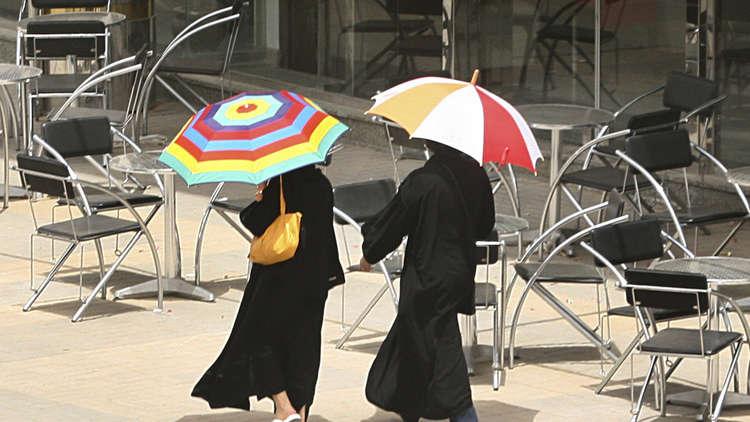 السلطات السعودية تمنع العمل تحت أشعة الشمس