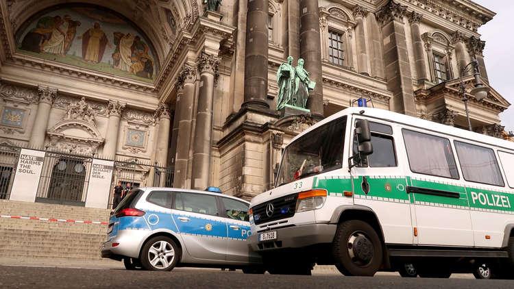 إصابة واحدة على الأقل جراء إطلاق نار داخل كاتدرائية برلين