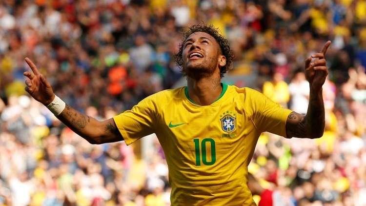 نيمار يقود البرازيل للفوز على كرواتيا بهدف