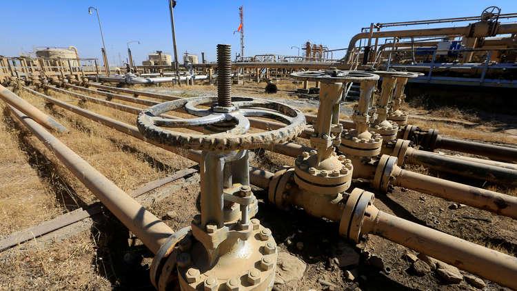 إيران والعراق يبدآن تبادل النفط