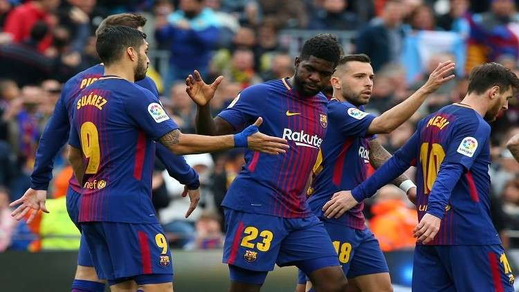 رسميا.. برشلونة يمدد عقد أومتيتي