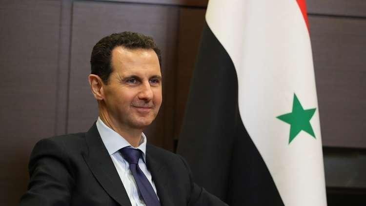 الأسد يصدر مرسومين تشريعيين بزيادة الرواتب