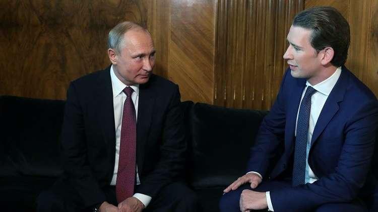 بوتين: على أوروبا مساعدة السوريين لتقليص عدد المهاجرين إليها
