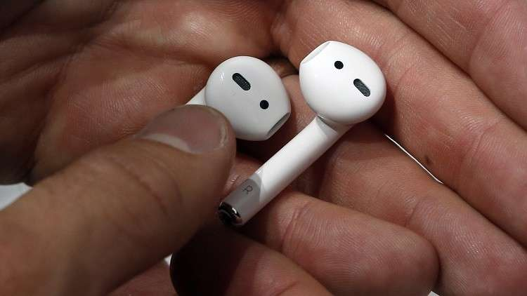سماعات آبل تساعد ضعيفي السمع!